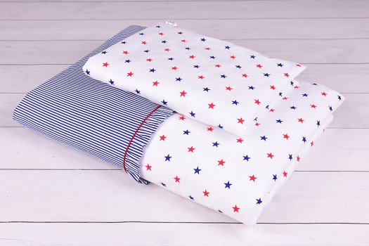 Pościel niemowlęca 90x120 lub 40x60 czerwono-granatowe gwiazdki na białym tle