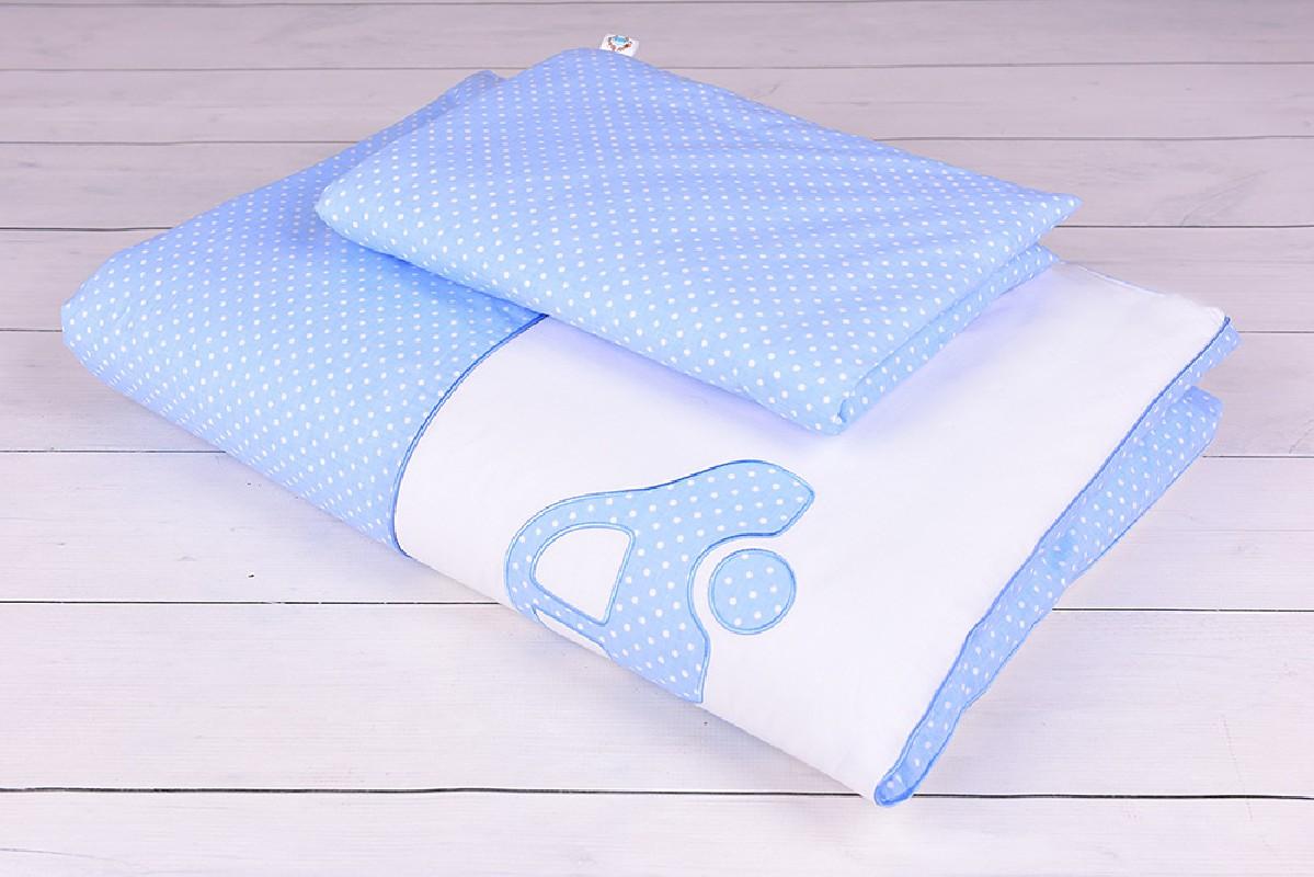 Pościel niemowlęca 90x120 lub 40x60 białe kropeczki na niebieskim tle z autkiem